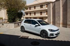 volkswagen white 2018 volkswagen golf r gte gti and e golf review gtspirit