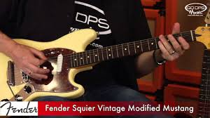 vintage fender mustang fender squier vintage mustang electric guitar demonstration