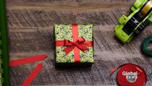 How To Wrap Gifts - how to wrap a gift like a pro national globalnews ca