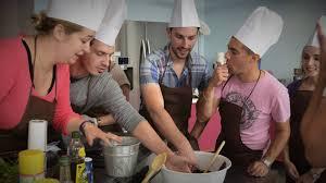 cours de cuisine en groupe cours de cuisine en groupe proche nogent sur marne 94 la table et