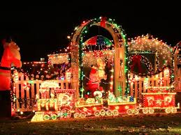Outdoor Colored Christmas Lights by 53 Best Christmas Overload 101 Images On Pinterest Christmas