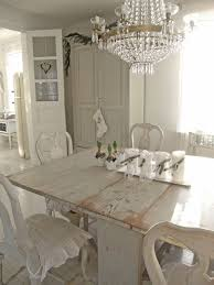 Creating A Shabby Chic Dining Room - Shabby chic dining room set