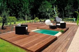 amenagement piscine exterieur piscine spa enterrée avec couverture en bois mini water aquilus