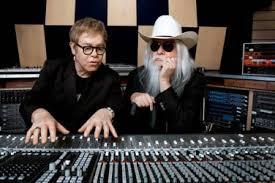 Elton Johnek bere maisua izandako Leon Russell musikariarekin egin du diskoa (argazkia maiextra.com)