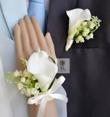 european style wedding corsages groom boutonniere bridesmaid