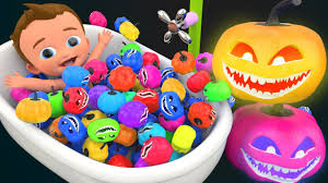 learn colors for children baby bath with color halloween