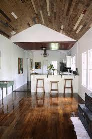 deco contemporaine chic intérieur blanc et bois u2013 40 idées inspirantes à emprunter
