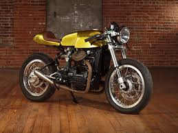 gold motorcycle gold panther moto motivo honda cx500 return of the cafe racers