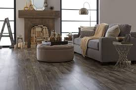 Where To Start Laying Laminate Flooring In A Room Resilient Vinyl Flooring Everything You Need To Know Shaw Floors