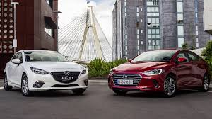 hyundai elantra 2013 vs 2014 hyundai elantra v mazda 3 small sedan comparison