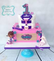 doc mcstuffins birthday cake doc mcstuffins birthday cake cake by lori mahoney lori s custom