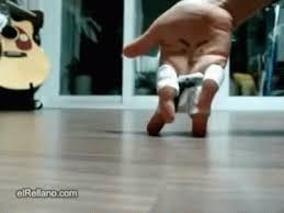 imagenes gif karate karate hand kick gif karate hand funny discover share gifs
