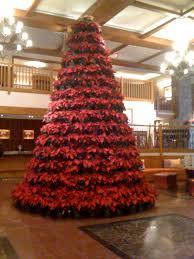 holiday pointsetta tree stowe mountain resort vermont vermont