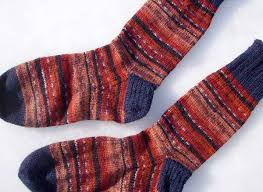 pattern kroy socks leftover sock yarn yields fingerless mitts alottastitches