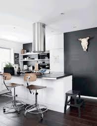 cuisine mur noir cuisine contemporaine avec mur noir