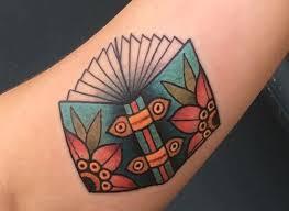 15 pretty tattoos every book lover should see gurl com gurl com