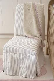 The Best Nursing Chair Https I Pinimg Com 736x Ee F6 44 Eef644f3594cd31