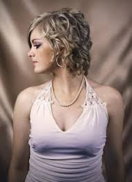 hairstyles short on top long on bottom hairstyles pictures how to do curly hairstyles for short medium