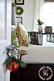 5 easy tips for keeping guest rooms and bathrooms clean during the