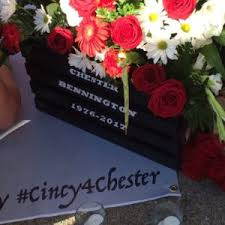 chesters flowers cincy4chester memorial for linkin park s chester bennington
