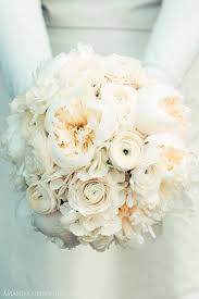 average cost of wedding flowers how much wedding flowers cost including the average cost of