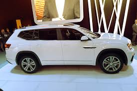 atlas volkswagen white vw goes big with atlas i d buzz concept autotrader ca