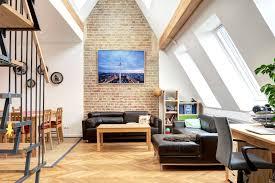 Das Wohnzimmer Berlin Prenzlauer Berg Großzügiges Dachgeschoss Apartment Nahe Helmholtz Kiez