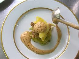 assiette de cuisine plat cuisinier dresser nouvelle zélande sd stock 770