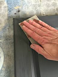 can chalk paint be used without sanding how to sand chalk paint indoors without a mess