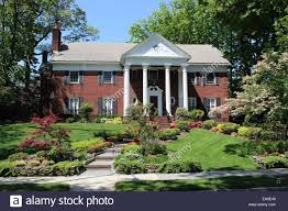Trumps Hpuse In New York Fred Trump House Jamaica Estates Queens New York Stock Photo
