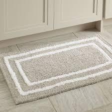 bathroom mat ideas 15 bathroom rugs ideas with great functionality subuha