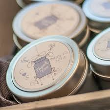 candle wedding favors diy soy candle wedding favors candlescience
