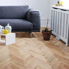 Laminate Flooring B Q Colours Harmony Natural Solid Oak Flooring Oak Effect 1 458 M
