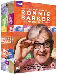 the two ronnies collection dvd amazon co uk ronnie barker