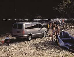 cadillac minivan 2002 chevrolet astro specs and photos strongauto