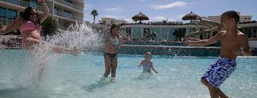 liquid life vacation rentals homepage