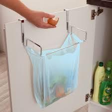 poubelle cuisine porte placard le support de porte pour sac poubelle vitrine magique rangement