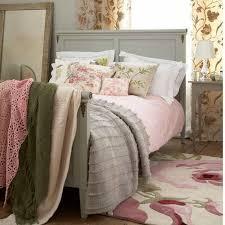 chambre a coucher pas cher but décoration chambre adulte retro 36 tourcoing 09191324 table