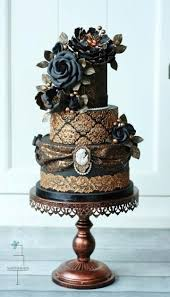 gorgeous wedding cakes with gold details modwedding
