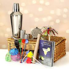 manhattan drink illustration manhattan cocktail gift hamper at drinkstuff