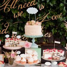 Wedding Cake Table Wedding Cake Displays Hitched Co Uk