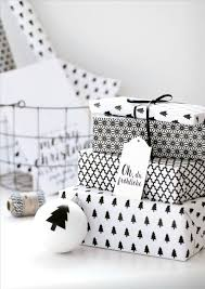 black and white christmas wrapping paper 42 edgy christmas gift wrapping ideas to recreate easily shelterness