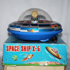 modern toys battery powered x 5 space ship with box from