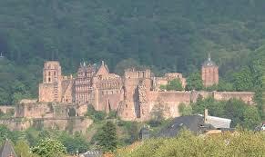 Neues Schloss Baden Baden Auf Seniorenreisen Baden Württembergs Regionen Erleben