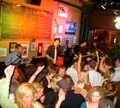 Top Bar Songs The Secret To Popular Sing Along Bar Songs Wired