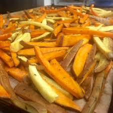 crispy oven roasted sweet potato fries recipe mom u0027s bistro