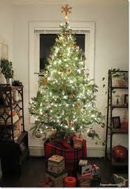 how to make christmas how to make a christmas tree look fuller taller for free
