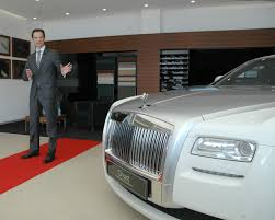 roll royce delhi rolls royce opens a new showroom in ahmedabad
