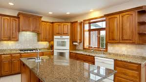 Kitchen Colors With Oak Cabinets And Black Countertops by Oak Kitchen Cabinets And Backsplash Oak Kitchen Cabinets And