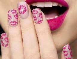 lips print nail art check it out now http www topfashtrends